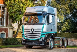 Mercedes-Benz announces Actros 1